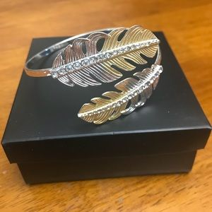 Avon silver and gold tone leaf bracelet